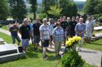 008 Uctění památky fotbalistů na místním hřbitově.